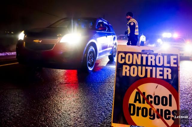 l 39 alcool ou la drogue au volant c 39 est criminel cfim. Black Bedroom Furniture Sets. Home Design Ideas